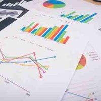 Merupakan layanan yang bersifat analisis keputusan akhir dari set data yang banyak dengan mengeluarkan tren dari fakta data yang ada